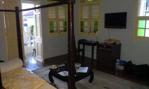 lounge showing door to verandah