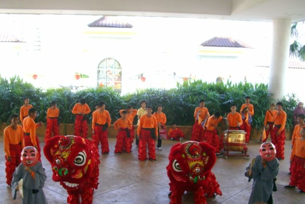 20100220_CNY_lion-dance (94)s