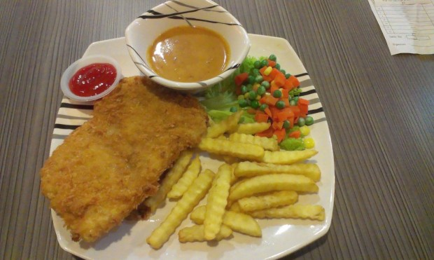 Kopitan Classic fish and chips.