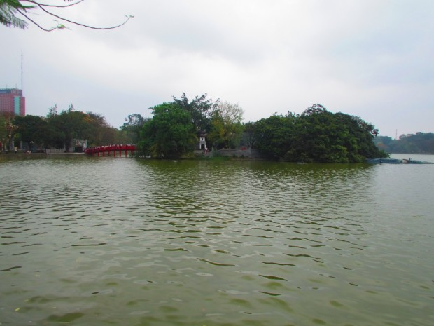 lake in centre of Hanoi