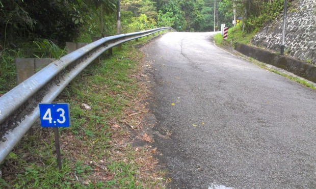 The shortcut is just past the 4.3 KM marker.