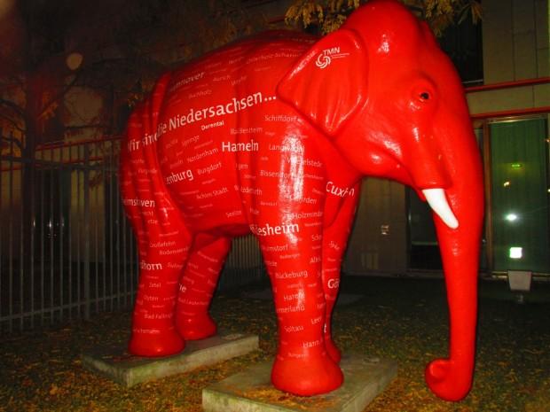 und ein Elefant