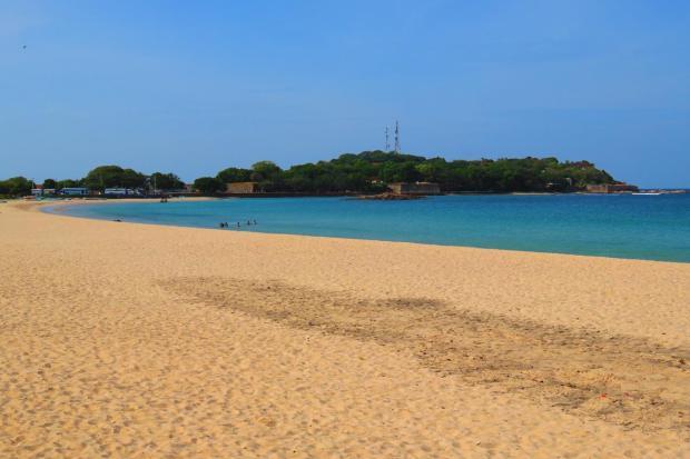 the beach at Dutch Bay