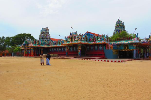 Nagadeepa Hindu temple