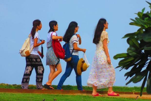 so many Chinese tourists in Galle - either pairs or groups of young girls, or young couples.