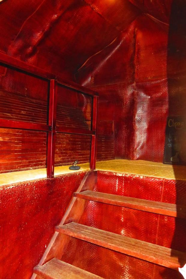 Khmer traditional herbal steam sauna - Chupong