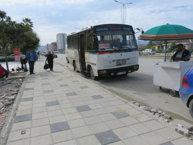 bus from Vlore to Himare