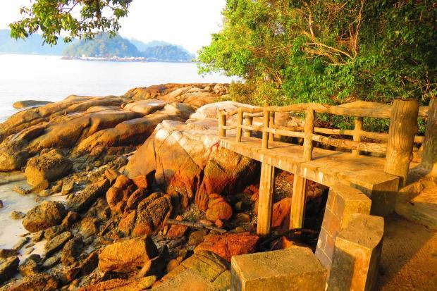 Bridge behind temple